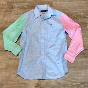 Boys Vineyard Vines Button Down Shirt Size L